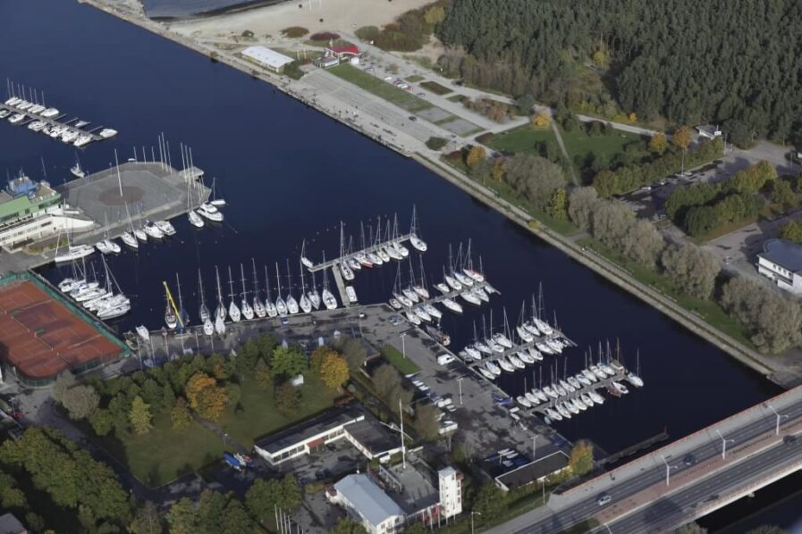 Kalevi Yacht Club Andry Prodel +372 5304 4000 andry@topmarine.ee