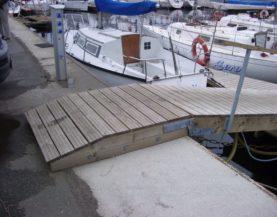 Wooden abutment Pirita Andry Prodel +372 5304 4000 andry@topmarine.ee