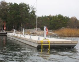 Heavy duty pontoons Harjanmaa Andry Prodel +372 5304 4000 andry@topmarine.ee