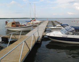 Heavy duty pontoons in Haapsalu port Westmeri Andry Prodel +372 5304 4000 andry@topmarine.ee