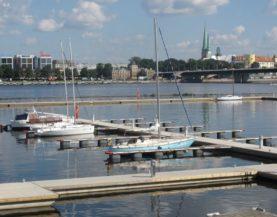 Heavy duty pontoons Riga City Marina Andry Prodel +372 5304 4000 andry@topmarine.ee