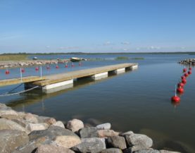 Timber pontoons with concrete floats Kungla Andry Prodel +372 5304 4000 andry@topmarine.ee