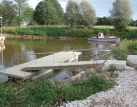Timber pontoons with concrete floats Sassukvere Andry Prodel +372 5304 4000 andry@topmarine.ee