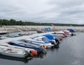 Timber pontoons with concrete floats Vosu Andry Prodel +372 5304 4000 andry@topmarine.ee